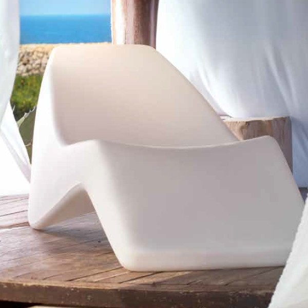 chaise longue spa ideal para exteriores. Black Bedroom Furniture Sets. Home Design Ideas